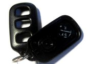 Toyota OEM Replacement Case forToyota 4 Button 512Y Keyless Remote Entry Clicker Pre-Owned 137Bc (Toyota)
