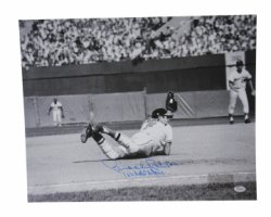 Brooks Robinson Autographed 16x20 Photo Baltimore Orioles 16x Gold Glove - JSA Certified