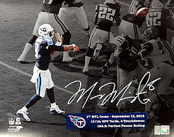 Signed Marcus Mariota Autographed 16x20 Photo Tennessee Titans First Game MM Holo Stock #95007 - Signed NFL Football Photos