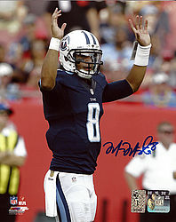 Signed Marcus Mariota Autographed 8x10 Photo Tennessee Titans MM Holo Stock #94937 - Signed NFL Football Photos